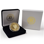 Vietnam Veterans Memorial Gold Coin in Wood Case with Seal of the President. From the Only Original Official White House Gift Shop Est. by Permanent Order of the President and Members of U.S. Secret Service.