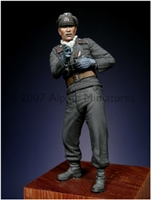 Alpine 35026 - Early WW2 Panzer Officer