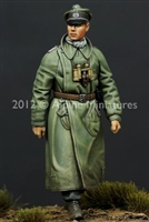 Alpine 35137 - Panzer Officer 1 Pz. Div. #2