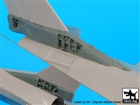 Black Dog A48079 - F-16C Tail Electronics