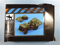 Black Dog T35221 - US Jeep Accessories Set No. 2 (Damaged Box & Contents)