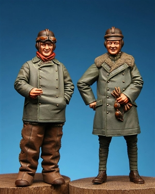 Model Cellar MC32016 - WW1 German 2-Seater Crew Pilot & Observer