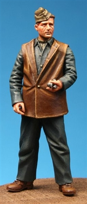Model Cellar MC48008 - WW1 British RFC Mechanic