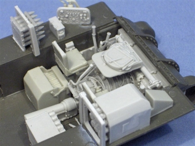 Resicast 352329 - Basic M4 Driver's Position for Sherman Tank