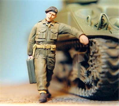 Ultracast 35032 Canadian/British Tank Crewman with Jerrycan, N.W. Europe - 1944-45