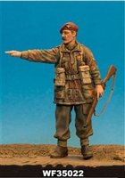Wee Friends 35022 - WWII British Para NCO Pointing (Rifle & Sten)
