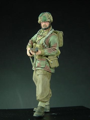 Wee Friends 35023 - WWII British Para Standing (Lee Enfield No. 4)