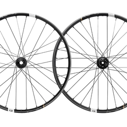 Crank Brothers Synthesis XCT Carbon Boost Wheelset