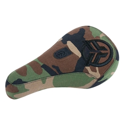 Federal Mid Pivotal Logo Seat Camo Raised Logo