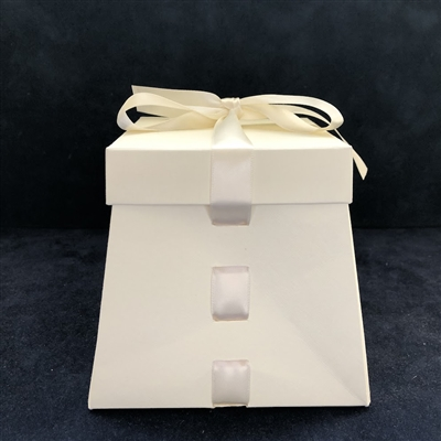 Ribbon-Weave Favor Box