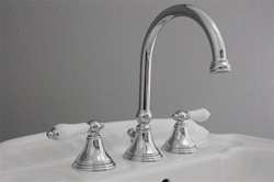 <br>EFSCHR Edwardian Sink Faucet in Chrome<br>