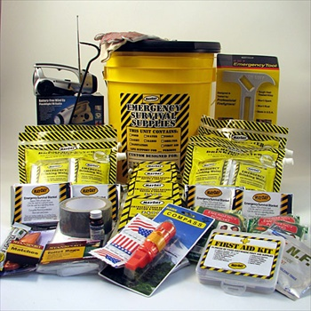 1 Person Deluxe Honey Bucket Kit