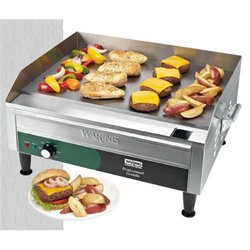 "Griddle, 24"" Countertop - 240V. WGR240X by Waring."