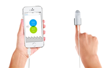 Kenek Edge Fingertip Pulse Oximeter & Sensor for iPhones