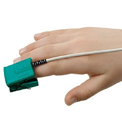 8000AP Pediatr Articulated Finger Clip Sensor