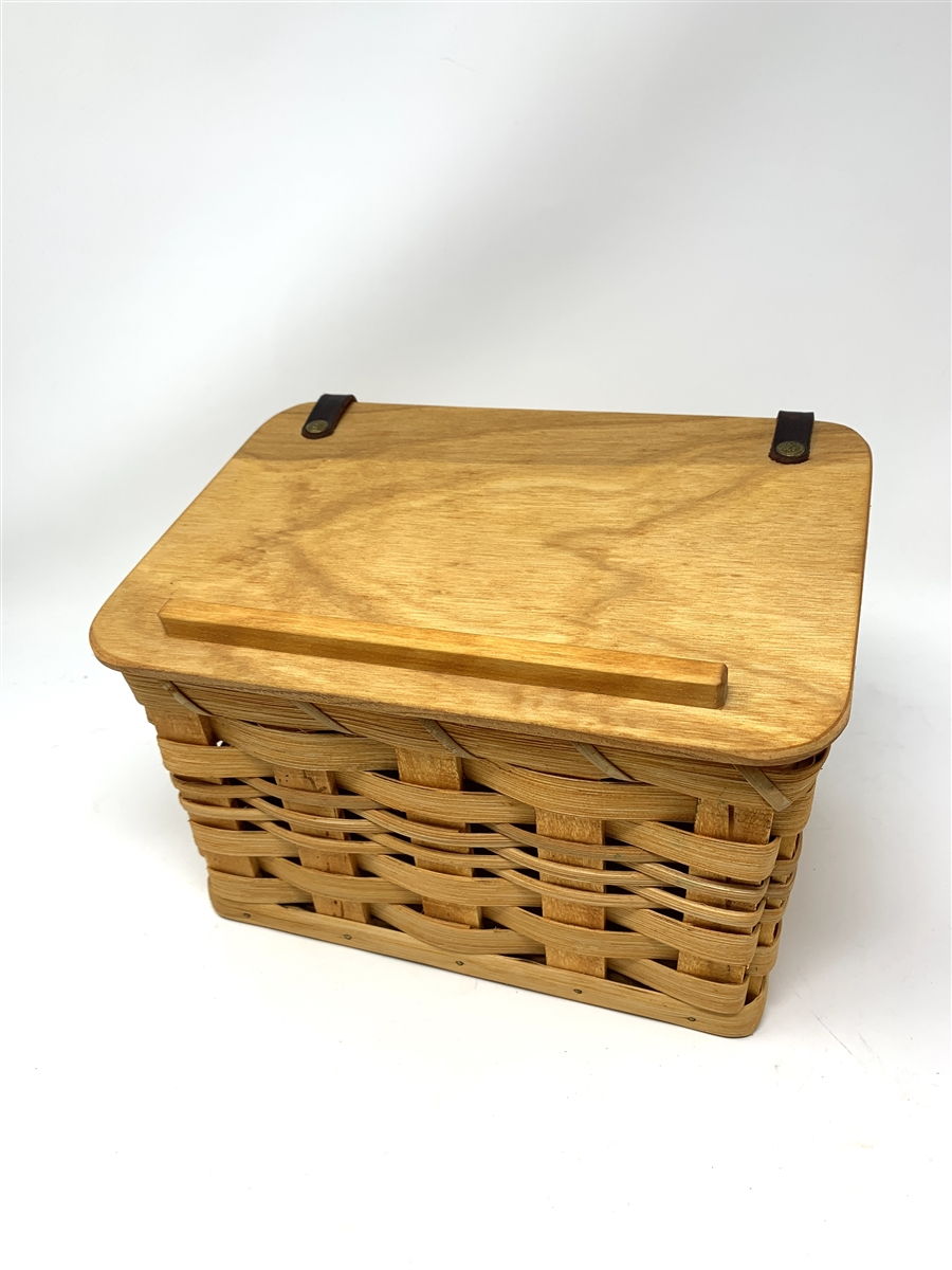 small oval willow basket for gift giving storage.htm amish handmade and perfectly constructed features a beautifully  amish handmade and perfectly