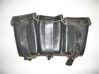 MAUSER 98K RIFLE 3 POCKET AMMO POUCH. (ORIG)