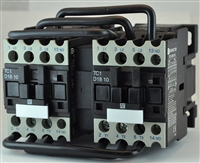 TC2-D1811-G6...3 POLE REVERSING CONTACTOR 120/60VAC, WITH AC OPERATING COIL, N O & N C AUX CONTACT