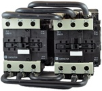 TC2-D9511-B6...3 POLE REVERSING CONTACTOR 24/60VAC, WITH AC OPERATING COIL, N O & N C AUX CONTACT