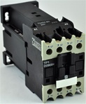 TP1-D09004-RD...4 POLE CONTACTOR 440VDC OPERATING COIL, 4 NORMALLY OPEN, 0 NORMALLY CLOSED
