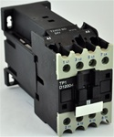 TP1-D12004-RD...4 POLE CONTACTOR 440VDC OPERATING COIL, 4 NORMALLY OPEN, 0 NORMALLY CLOSED