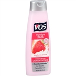 Moisture Milks Strawberries and Cream Conditioner - 12.5 Fl. Oz.