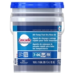 Cascade Professional All Temperature Fast Dry Rinse Aid Concentrate Closed Loop 7-06 - 5 Gal.