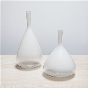 c- Ombre Aurora Bottle White