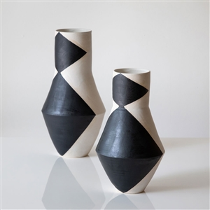 L Triangle Shadow Vase