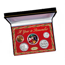 Colorized Santa JFK Half Dollar and 2017 Penny, Nickel, Dime and Quarter Coin Set in Display Box