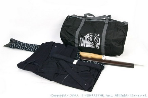 Light Weight Keikogi/Hakama Set with Shinai, Bokuto, Shinai Bag, and Budo Bag