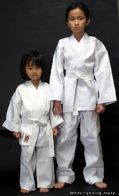 Top Quality BUTOKU LIGHT Weight Karate Uniform Set (WHITE) Junior