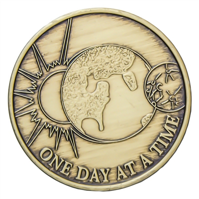 Recovery Slogan Bronze Medallion featuring One Day at a Time, (Sun-Earth-Moon) image and the serenity prayer