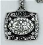 1980 Oakland Raiders Super Bowl XV Champions 10K White Gold Pendant!