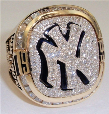 1999 New York Yankees World Series Champions 14K Gold and Diamond Player's Ring!