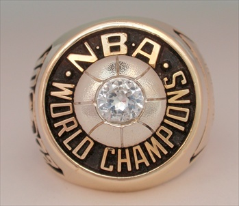 "1972 Los Angeles Lakers NBA ""World Champions"" 10K Gold Ring"