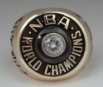 "1982 Los Lakers NBA ""World Champions"" 10K Gold Ring"