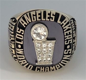 "1985 Los Angeles LA Lakers NBA ""World Champions"" 10K Gold Ring!"