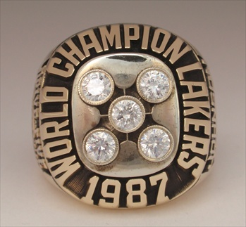"1987 Los Angeles Lakers NBA ""World Champions"" 10K Gold Ring"