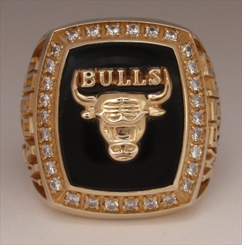 "1991 Chicago Bulls NBA ""World Champions"" 10K Gold Ring."