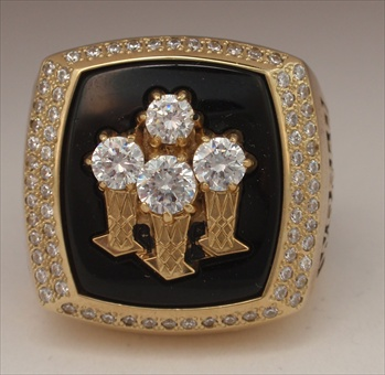 1996 Chicago Bulls N.B.A. Champions 10K Gold Ring