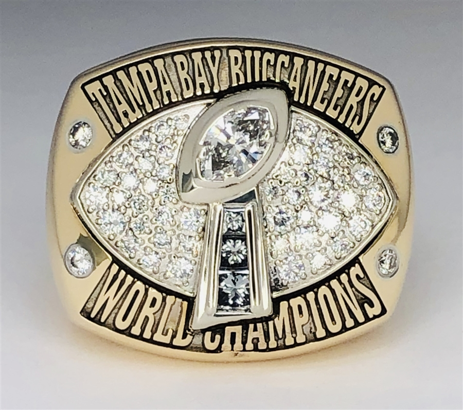 sports shoes 24fcf 883f8 2002 Tampa Bay Buccaneers Super Bowl XXXVII Champions 14K Gold & Diamond  Ring