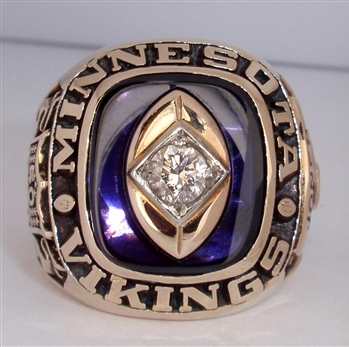 1969 Minnesota Vikings Super Bowl IV NFC Champions 10K Gold Ring With a Real Diamond