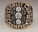 "1982 New York Islanders ""Stanley Cup"" Champions 10K Gold Ring!"