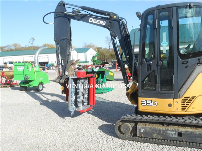 3-Point Offset Hydraulic Ditch Bank Flail Mower: Ventura 240