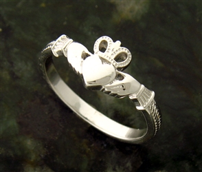 Sterling Silver Claddagh Ring (#BQ511)