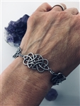 Sister/Family Knot Reflections Eternity bracelet ( Hm38) Irish Scottish welsh Celtic