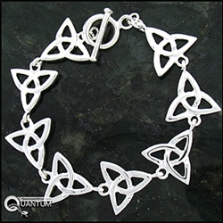 Celtic Trinity Knot Toggle Bracelet (#JPEW5853)