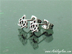 Family/Sister Knot Trinity Post Earrings ( S116)