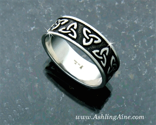 Men's and Women's Trinity Knot Band Ring(s194)